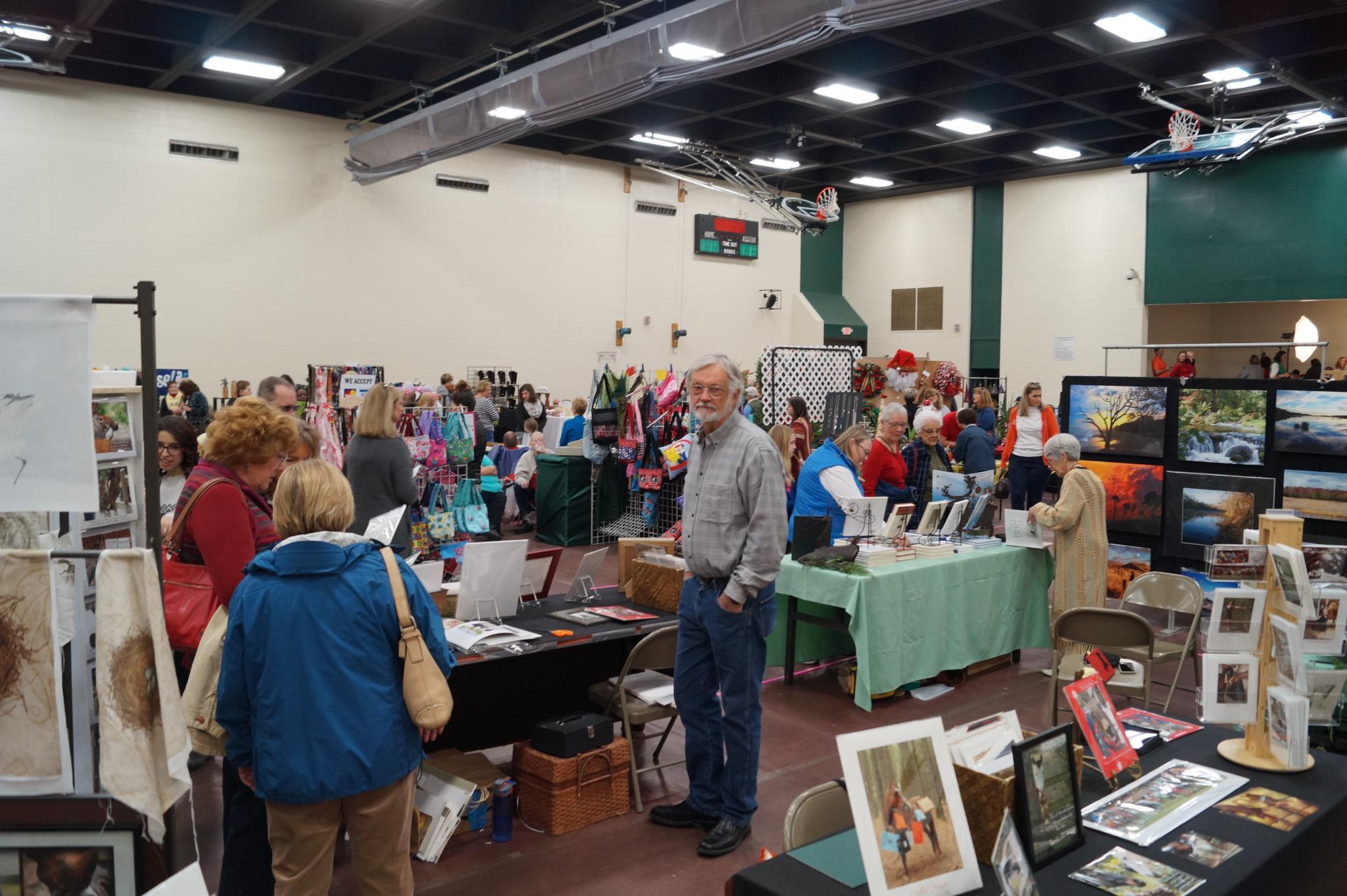 The 48th Annual Christmas Craft Show Accepting Applications
