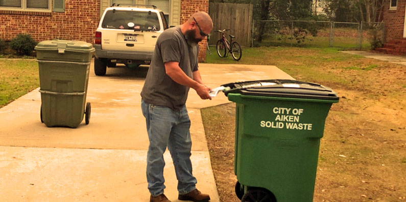 Aiken replacing trash cans across city
